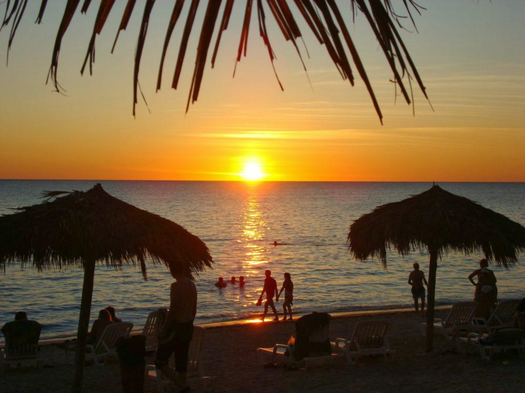 Trinidad auringonlasku